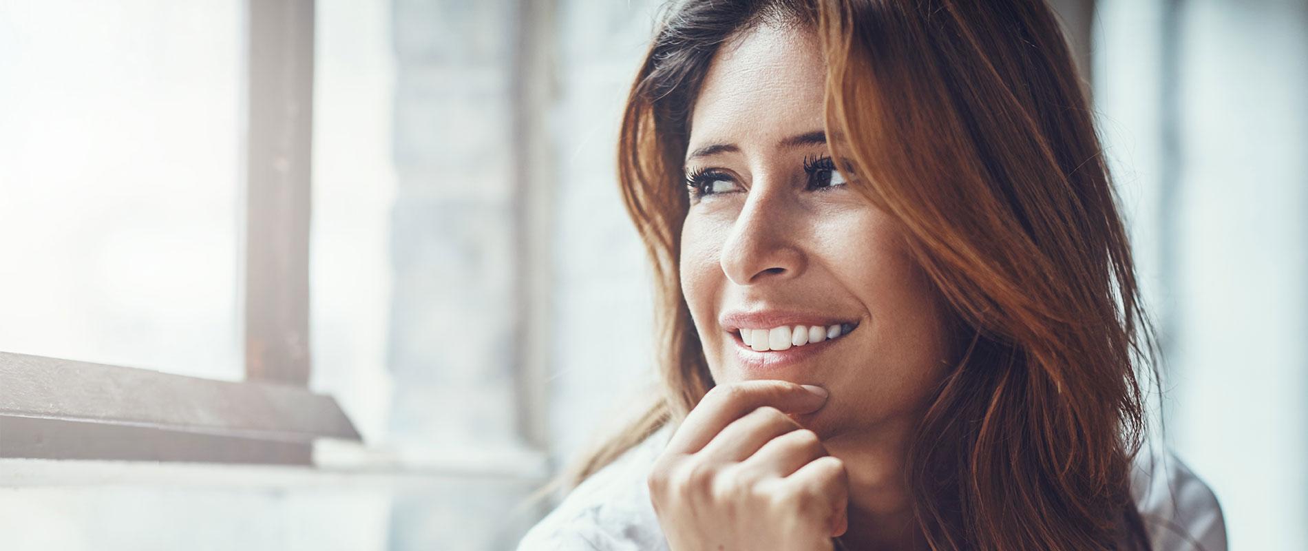 Hyaluronsäure spritzen Hannover und so natürlich lächeln wie diese Frau